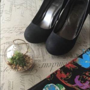 Round-Toe Matte Heels